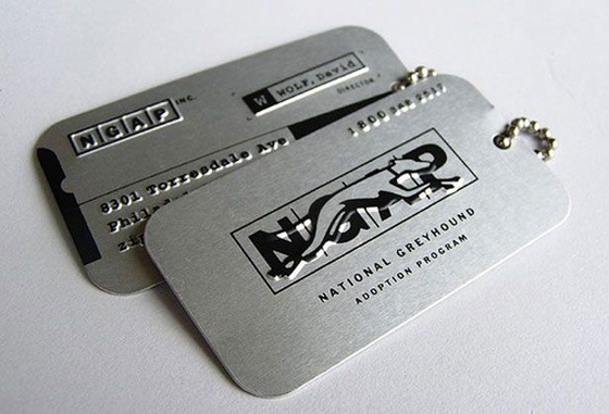 The metallic business cards of NGAP