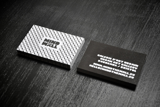 Mind the wall business cards